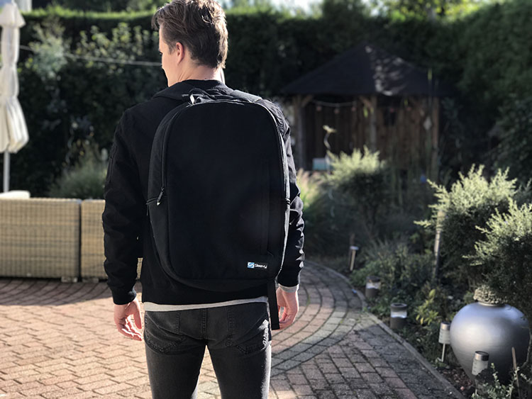 black basic backpack