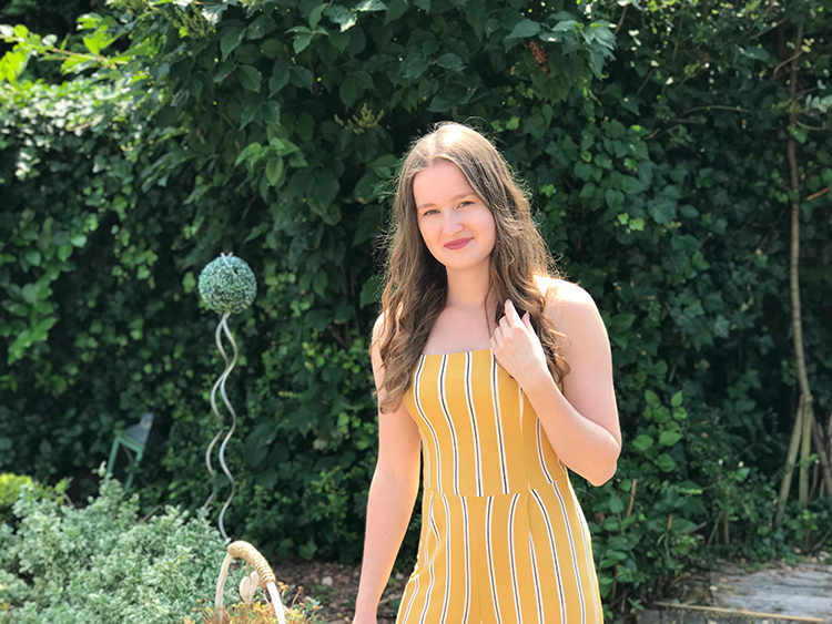 Yellow jumpsuit from Bershka | Outfit