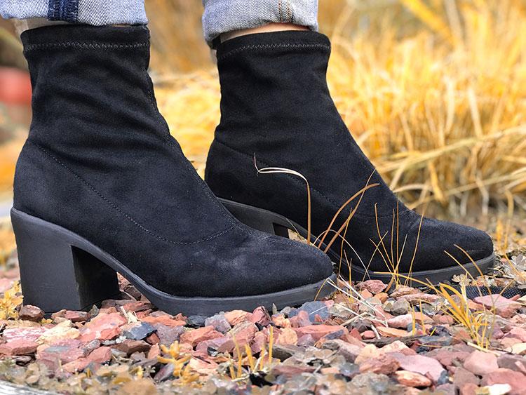 Laarzen met een brede hak