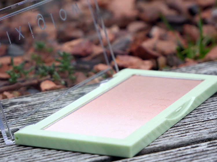 PixiGlow Cake palettes from Pixi Beauty | Review