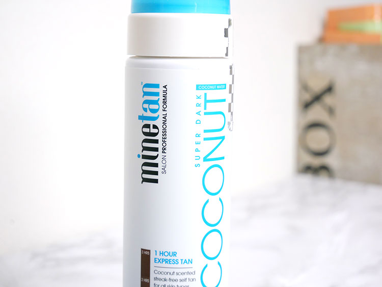 Self-tan necessities: don't miss these things!